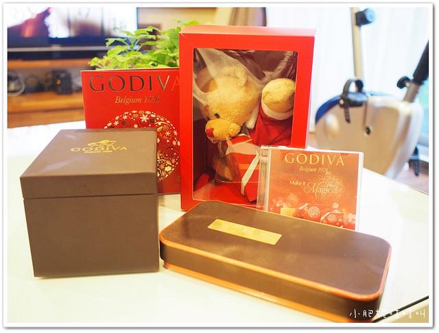 【Godiva限量聖誕節巧克力】祝大家聖誕節快樂~