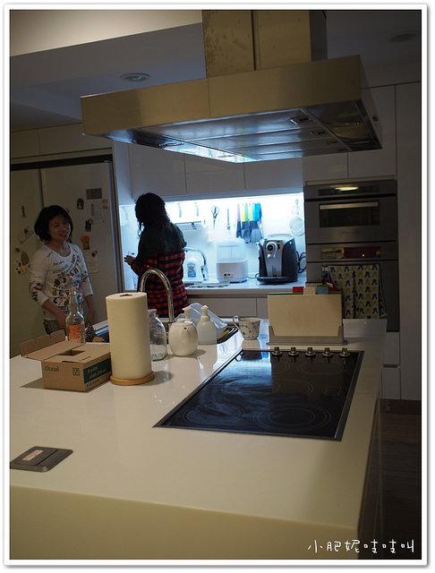 【飛利浦Saeco Minuto Focus 全自動義式咖啡機 HD8761 】到你家作客一個月!!!