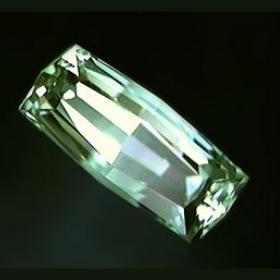 Beryl–Green Beryl綠色綠柱石–含鉻寶石比較珍貴??